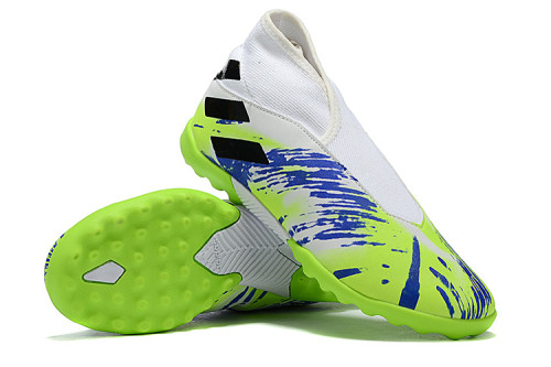 Nemeziz 19.3 Laceless TF Football Shoes