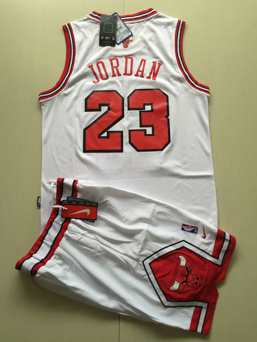 Chicago Bulls Michael Jordan 23 White Retro Classics Basketball Jersey Kit