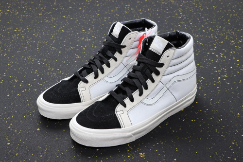 Fear of God Fog x Sk8-Hi 38 Reissue 9EB0