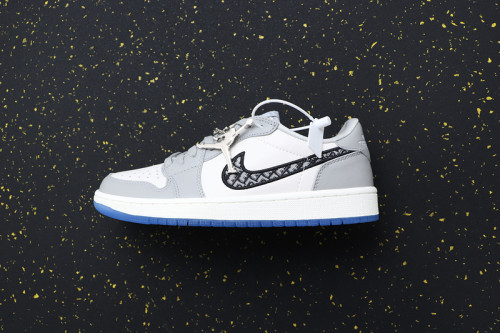 AJ 1 Low Retro Classics Shoes 553668-998