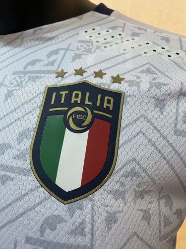 Player Version Italy 2020 Away Authentic Jersey