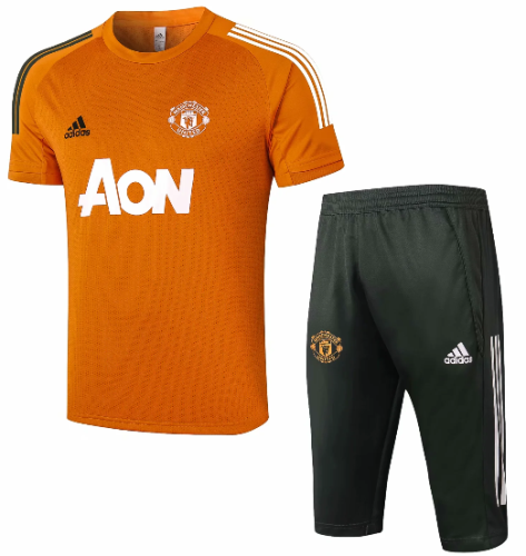 Manchester United 20/21 Training Jersey and Short Kit D588