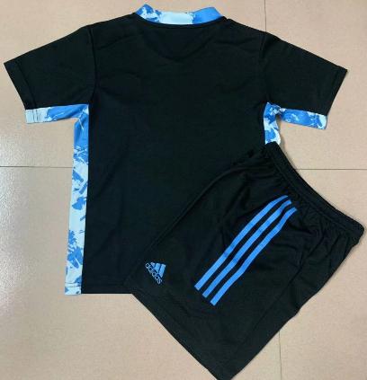 Leeds United 20/21 Goalkeeper Soccer Jersey and Short Kit