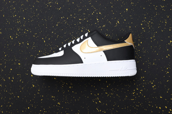 Air Force 1 Classics CZ9189-001