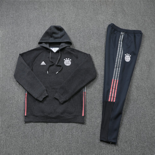 Bayern Munich 21/22 Training Hoodie Black