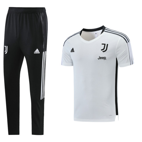 Juventus 21/22 Training Kit White DC12