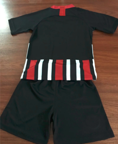 Frankfurt 19/20 Kids Home Soccer Jersey and Short Kit
