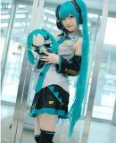 Full Set Hatsune Miku Cosplay Costume