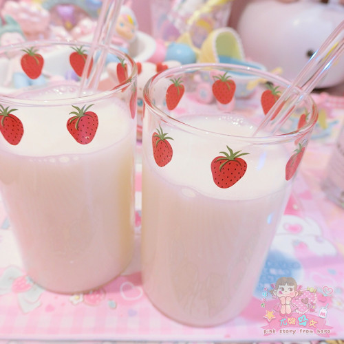 Milk Straw Glass Transparent Water Cup Stawberry