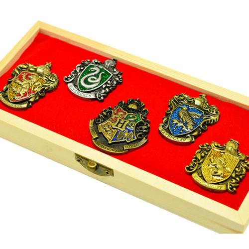 Harry Potter Magic Academy Gryffindor Pins 5PCS/Set (Random Pattern)