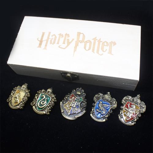 Harry Potter Badges & Pins