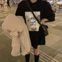 Loose Medium & Length Versatile T-shirt