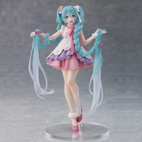 Pre-Order Taito Vocaloid Hatsune Miku Wonderland Figure Rapunzel Ver.