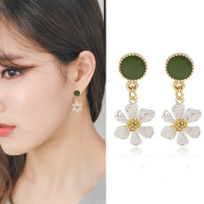 Daisy Shape Earrings  Simple Design Long Earrings
