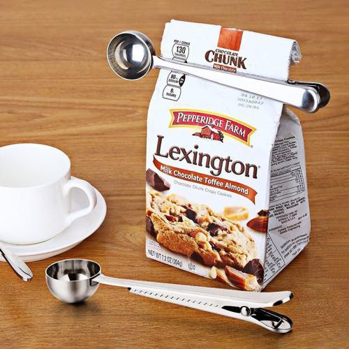 Coffee Scoop Clip