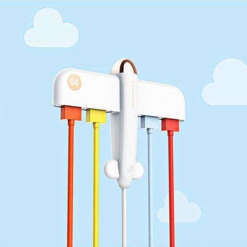 4-Port USB Hub Plane