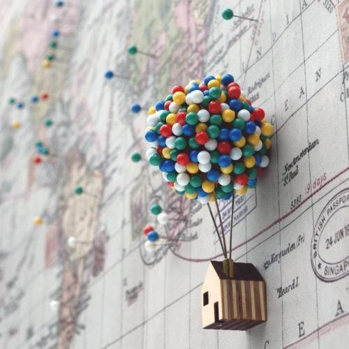 Balloon Pin House