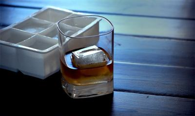 XL Ice Cube Tray Crystal Clear Ice Cube Tray