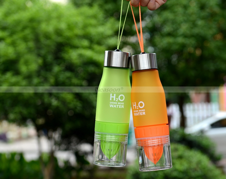Lemon Fruit Juicer Bottle H2O Drink More Water Bottle