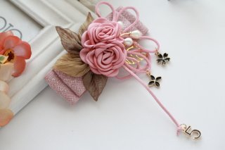 Retro style flower hairpin