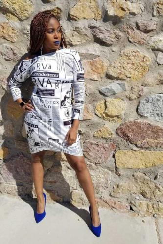 White Polyester Fashion Cap Sleeve Long Sleeves O neck Step Skirt skirt Print Print Dresses DZ1201