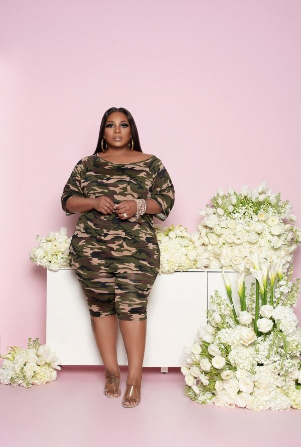 Plus Size Camo Print Casual Two Piece Shorts Set
