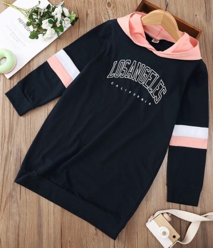 Kids Girl Contrast Color Letter Print Black Long Sleeve Hoody Dress