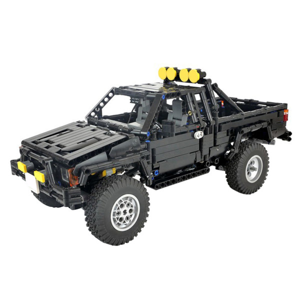 Toyota SR5 xtra cab 4x4 pickup truck-Back to the future MOC-43124
