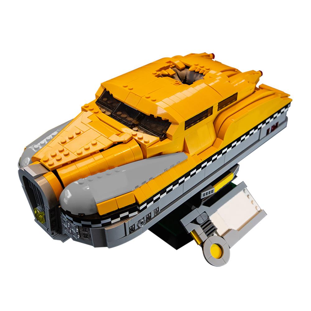 MOC-24874 5th Element Taxi