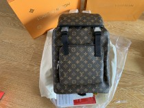 LV Backpack Retail quality