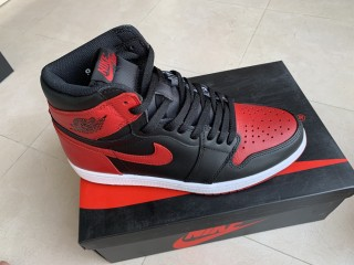 Air Jordan 1 Retro ''Bred''