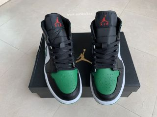Air Jordan 1 Retro Mid Black Green