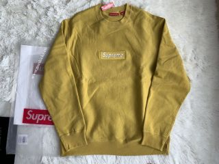 Supreme Sweater 1