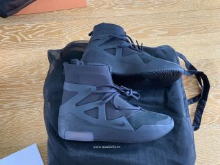 Nike Air Fear of God 3