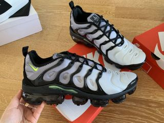 Nike Air Max Vapormax Plus TN Grey Black