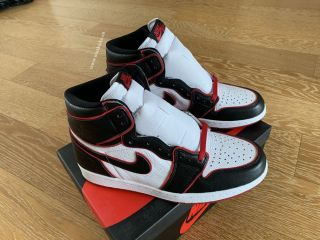 Air Jordan 1 Retro High OG Blood