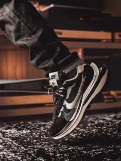 Nike Vapor Waffle x Sacai White Black