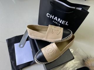 CHANEL Sneaker  10
