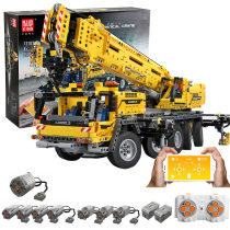 2590Pcs 1:8 2.4G Remote Control Mechanical Crane MOC Small Particle High Level Construction Building Kit with 8 Motors and 8 Functions