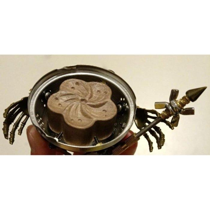 Steampunk Little Evil Metal Model Kit 3D Assembly Aromatherapy Box for Desk Decor