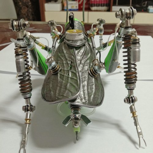 Steampunk Green Metal Locust Model Kit 3D Assembly Insect Model Kits
