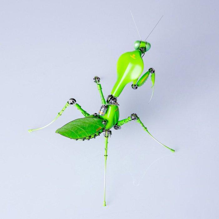 Steampunk Green Metal Mantis Assembled Model Kits 3D Inserct Model Desk Decor Kit