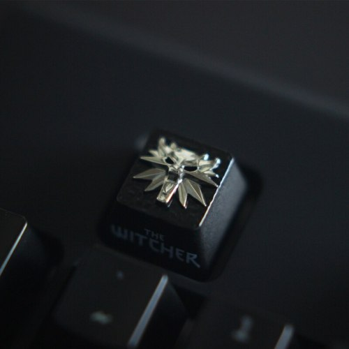 1pc zinc-plated aluminum alloy ZNAL903 key cap for The Witcher 3 Mechanical keyboard Stereoscopic relief keycap R4 Height