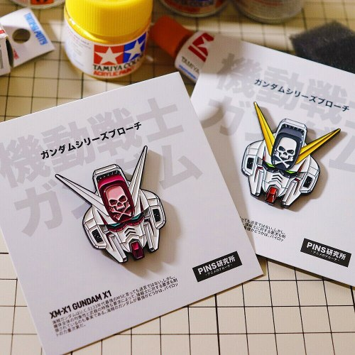 Cosmile Hobby SDCS Cross Silhouette RX-78 Gundam Metal Pin Brooch Backpack Accessories Gift fashion creative new hot badge