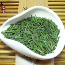 Supreme Zhu Ye Qing Green Tea * Green Bamboo Leaf Tea Emei Mountain Que She
