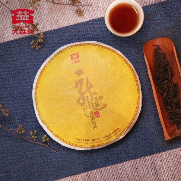 2018 Menghai TAETEA Small DRAGON PILLAR Dayi Tea Cake Pu-erh 357g Ripe 1801 Batch