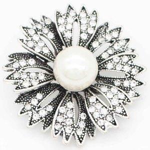Astilla de flores 20MM plateada con diamantes de imitación blancos y perlas KC6691 broches de joyería