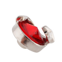 12mm Stern Kleine Druckknöpfe versilbert mit rotem Strass für Schmuckstücke