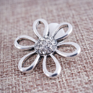 20MM Flower snap Silver Plated avec strass blancs KB7731 snaps jewelry