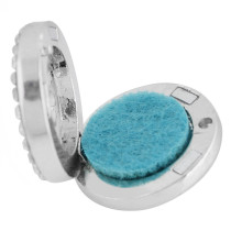 22mm weiße Legierung Kreuz Aromatherapie / Ätherisches Öl Diffusor Parfüm Medaillon Snap mit 1pc 15mm Scheiben als Geschenk